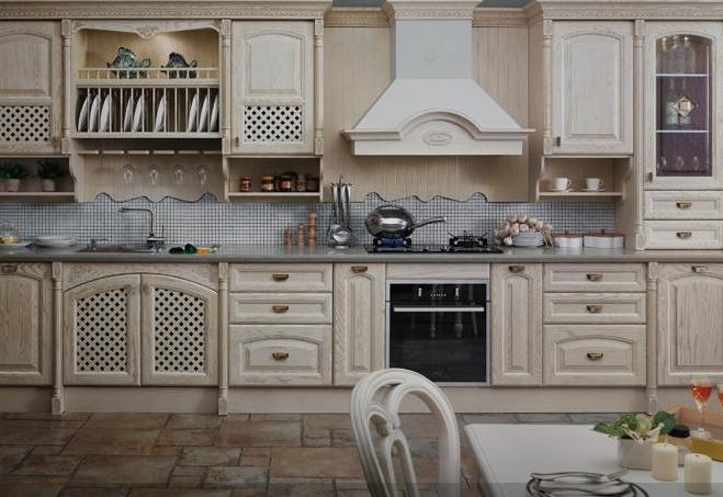 杨木装shi板厨房案例